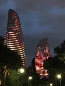 フレームタワーズの夜景