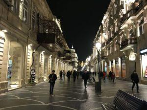 ニザミ通りの夜景