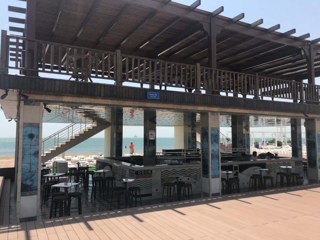 海岸レストラン