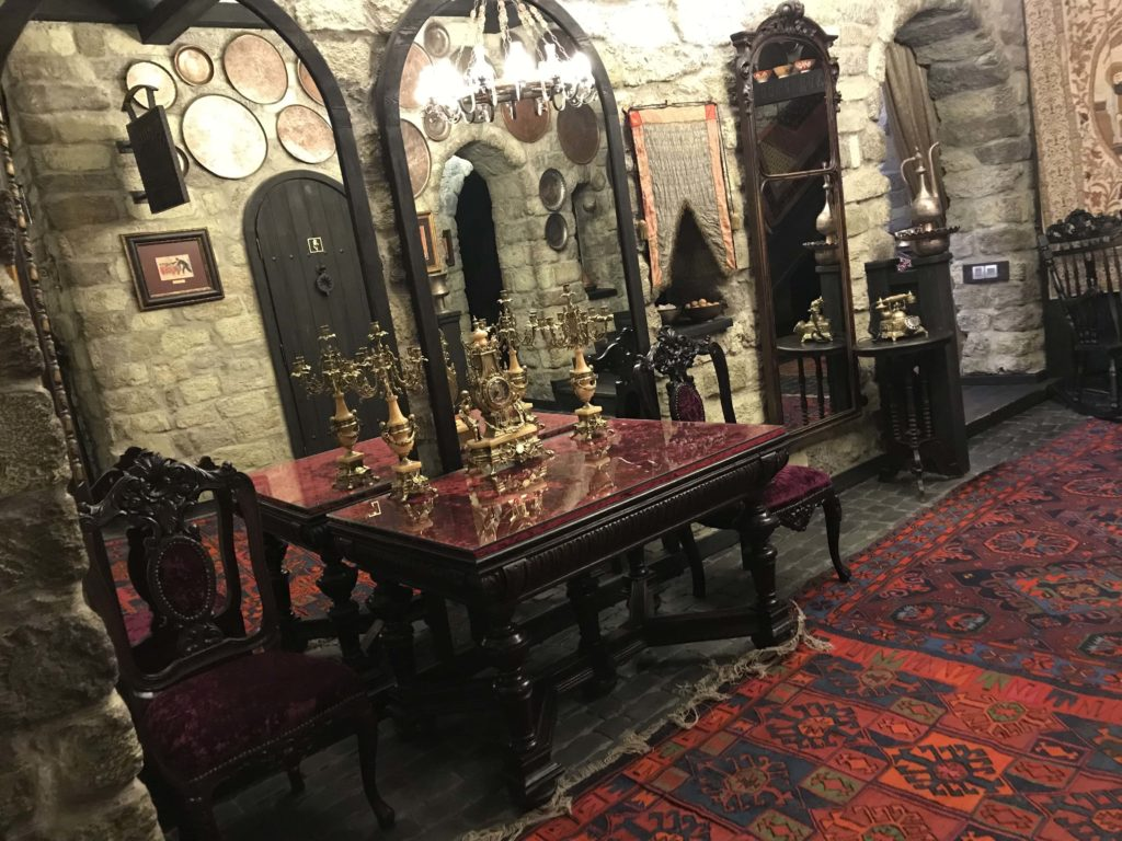 Sirvanshar 部屋