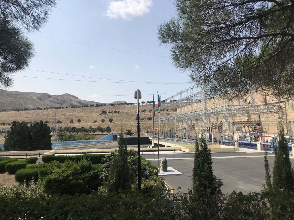 水力発電所 水門