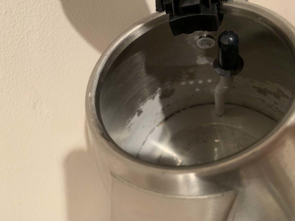 ケトルと水道水