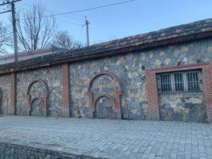 シェキの壁