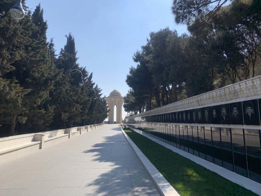 殉教者墓地