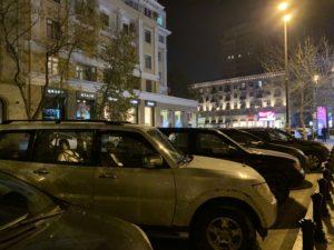 夜の路上駐車