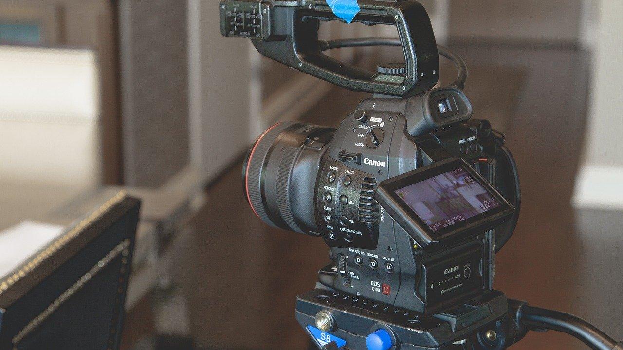 映画館のカメラ